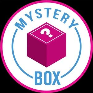 Mystery Box Of EIGHT Old Navy Items!